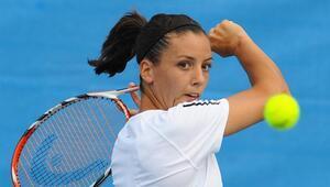 Milli tenisçi Pemra Özgen, Wild card ile İstanbulda korta çıkacak