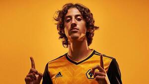 Wolverhampton, 18 yaşındaki Fabio Silvayı transfer etti