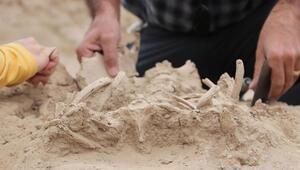 Vanda bir bebek iskeleti ortaya çıkarıldı