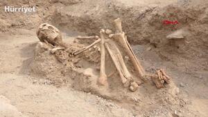 Vanda Urartulara ait nekropolde takılarıyla birlikte bir bebek iskeleti ortaya çıkarıldı