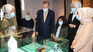 Cumhurbaşkanı Erdoğan, Böyle Daha Güzelsin sergisini gezdi