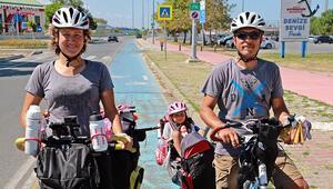 5 yaşındaki Masal ve ailesi, bisikletle Türkiye turunda