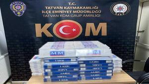 Bitliste, minibüste 2 bin 80 paket kaçak sigara bulundu