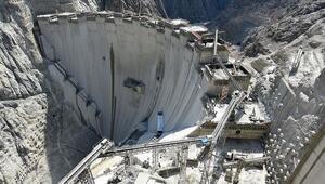 Yusufeli Barajı ile Türkiyenin hidroelektrik enerji üretim kapasitesi yüzde 2 artacak