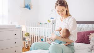 Sağlık Bakanlığı COVID'li anneleri uyardı: 'Bebeğinizi mutlaka emzirin'