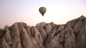 Kapadokyadaki balonlar pandemi kurallarına uygun havalanıyor