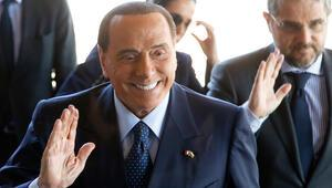 Koronavirüse yakalanmıştı Berlusconinin son durumu açıklandı