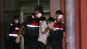 'Dezenfekte edeceğiz' yalanıyla girdikleri evde hırsızlık yapan 5 kişiden 3ü tutuklandı