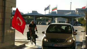 Almanyadan Türkiyeye 42 gün pedal çevirdi, 18 kilo verdi