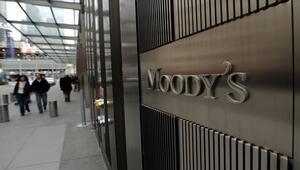 Moodys Türkiyenin kredi notunu düşürdü