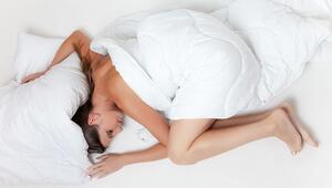 En Sağlıklı Uyku Pozisyonu Hangisi