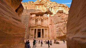 Petra Antik Kenti Nerede Petra Antik Kenti Hakkında Bilgi, Tarihi, Efsanesi, Giriş Ücreti Ve Ziyaret Saatleri (2020)