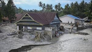 Endonezyada sel nedeniyle 1469 ev sular altında kaldı