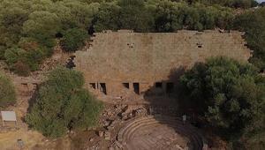 Aigai Antik Kenti Nerede Aigai Antik Kenti Hakkında Bilgi, Tarihi, Efsanesi, Giriş Ücreti Ve Ziyaret Saatleri (2020)