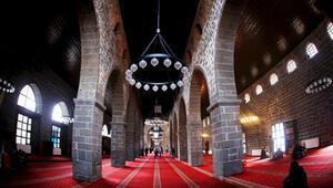 Diyarbakır Ulu Camii Nerede Diyarbakır Ulu Camisi Tarihi, Özellikleri, Hikayesi Ve Mimarı Hakkında Bilgi