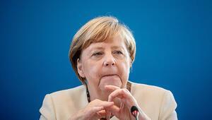 Merkel daha fazla mülteci alacak