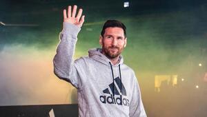 Forbes açıkladı En fazla kazanan futbolcu Lionel Messi...