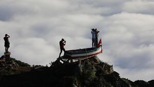2 bin 700 metredeki yaylada, kayıkta Titanic pozu veriyorlar