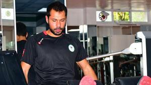Konyasporda İsmail Kartal, Serkan Kırıntılıyı affetti