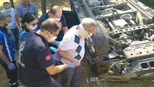 Hastaneden dönen çift, otomobillerinin takla atmasıyla yaralandı