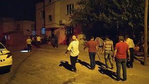 Adanada aileler arasında taşlı, sopalı, silahlı kavga: 2 yaralı