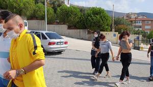 Bursada otel odasında fuhuş tuzağı kurup gasp yapan 5 kişi tutuklandı