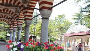 Kurşunlu Camii Nerede Kurşunlu Camisi Tarihi, Özellikleri, Hikayesi Ve Mimarı Hakkında Bilgi