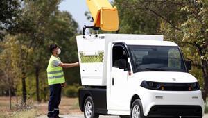 Bursalı firmanın ürettiği elektrikli mini kamyonet asfalta indi