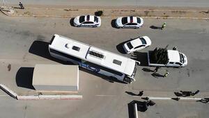 43 ilin geçiş noktası... Otobüsler tek tek durduruluyor