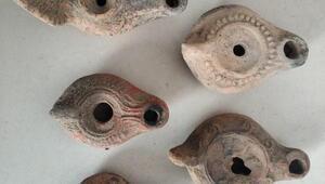 Roma dönemine ait 44 kandil ele geçirildi