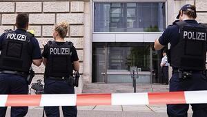 Almanyada ırkçı paylaşım yapan polisler açığa alındı