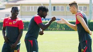 Kayserispor kadrosuna 7 yabancı oyuncu kattı Kontenjan doldu...