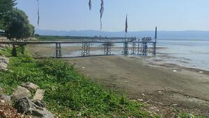 İznik Gölündeki çekilme iskele fotoğraflarında