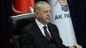 Son dakika haberler... Cumhurbaşkanı Erdoğandan Macrona ağır sözler; kifayetsiz muhteris