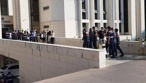 Balıkesir'de 78 yaşındaki kadını 350 bin lira dolandıran 9 kişi, rezidansta yakalandı