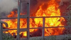 Almanya'da otoyolda kaza yapan yakıt tankeri alev aldı