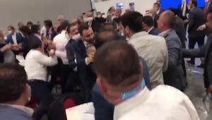 İBB meclisinde kavga