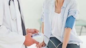 Yüksek tansiyonu olan hastalar yaşam tarzını değiştirmeli
