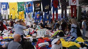 Ankarada sosyete pazarında maske ve fiziksel mesafe ihlali