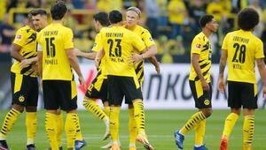 Borussia Dortmund, Bundesligaya 3 puanla başladı