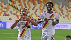 Göztepe'de yeni transferler takıma adapte olmaya başladı