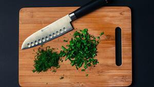 Görünümü güzel, tehlikesi büyük… Ahşap mutfak ürünlerindeki tehlikeye dikkat