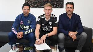 Arsenal, kaleci Alex Runarssonu transfer etti