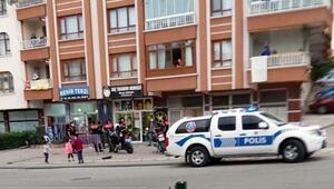 Ankarada berber dükkanında silahlı kavga