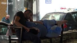 Antalyada parkta ölen kişiye rağmen uyumaya devam ettiler