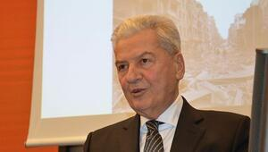 İzmir Ticaret Odası eski başkanı Ekrem Demirtaş'a yurt dışına çıkma yasağı