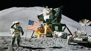NASA düğmeye basıyor: Aya iki astronot gönderecek