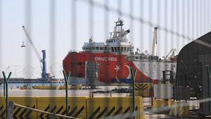 Oruç Reis yeniden Antalya Limanında