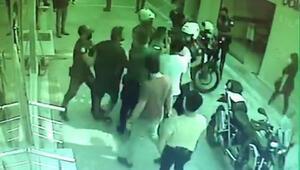 Maske takmayan 2 kardeş polisleri yaraladı