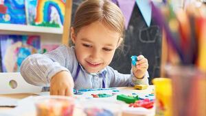Çocuklara okulda temas olmayan oyunlar oynatılmalı